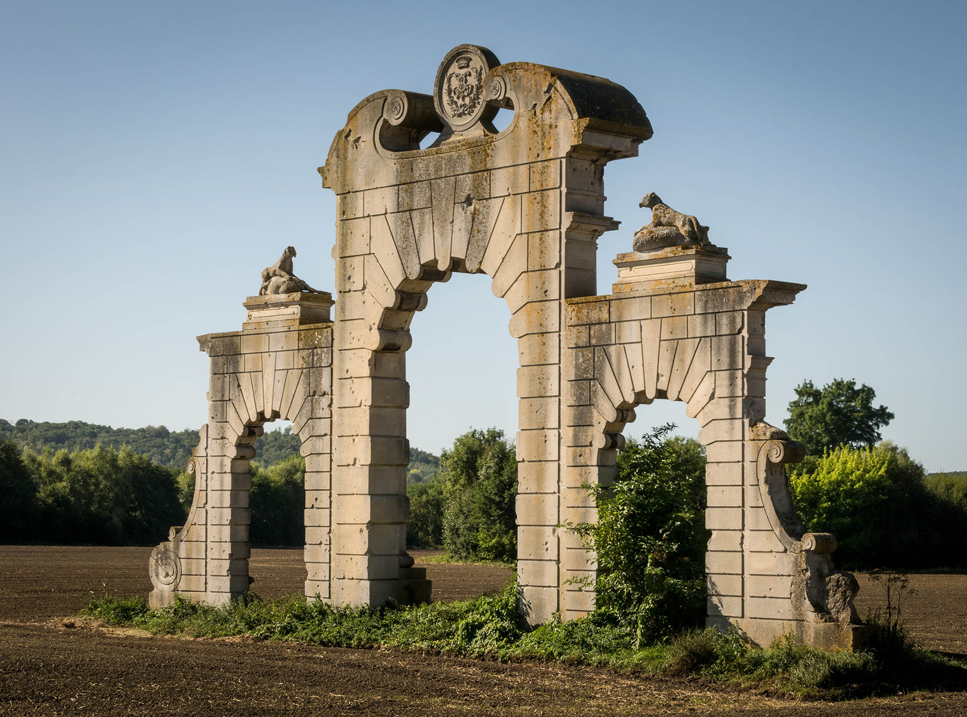 The sole remaining section, a triumphal arch, of the once grand Château de Soupir which lay close to the front line at the Chemin des Dames