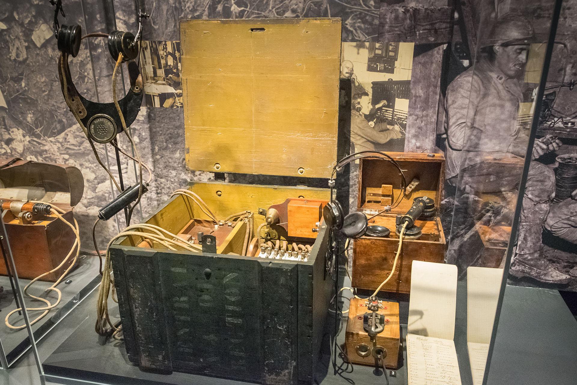 A French radio set displayed at the Verdun Memorial Museum