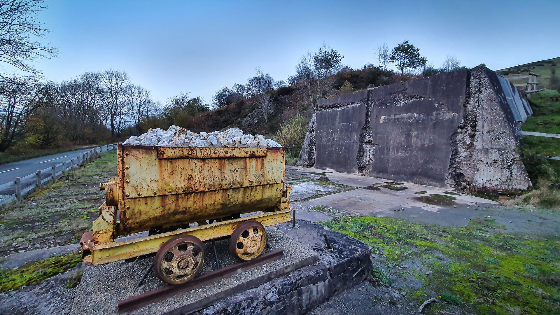 Cothercott Mine and workings, which mined and crushed 'barytes' (Barium sulphate) up until the 1920s