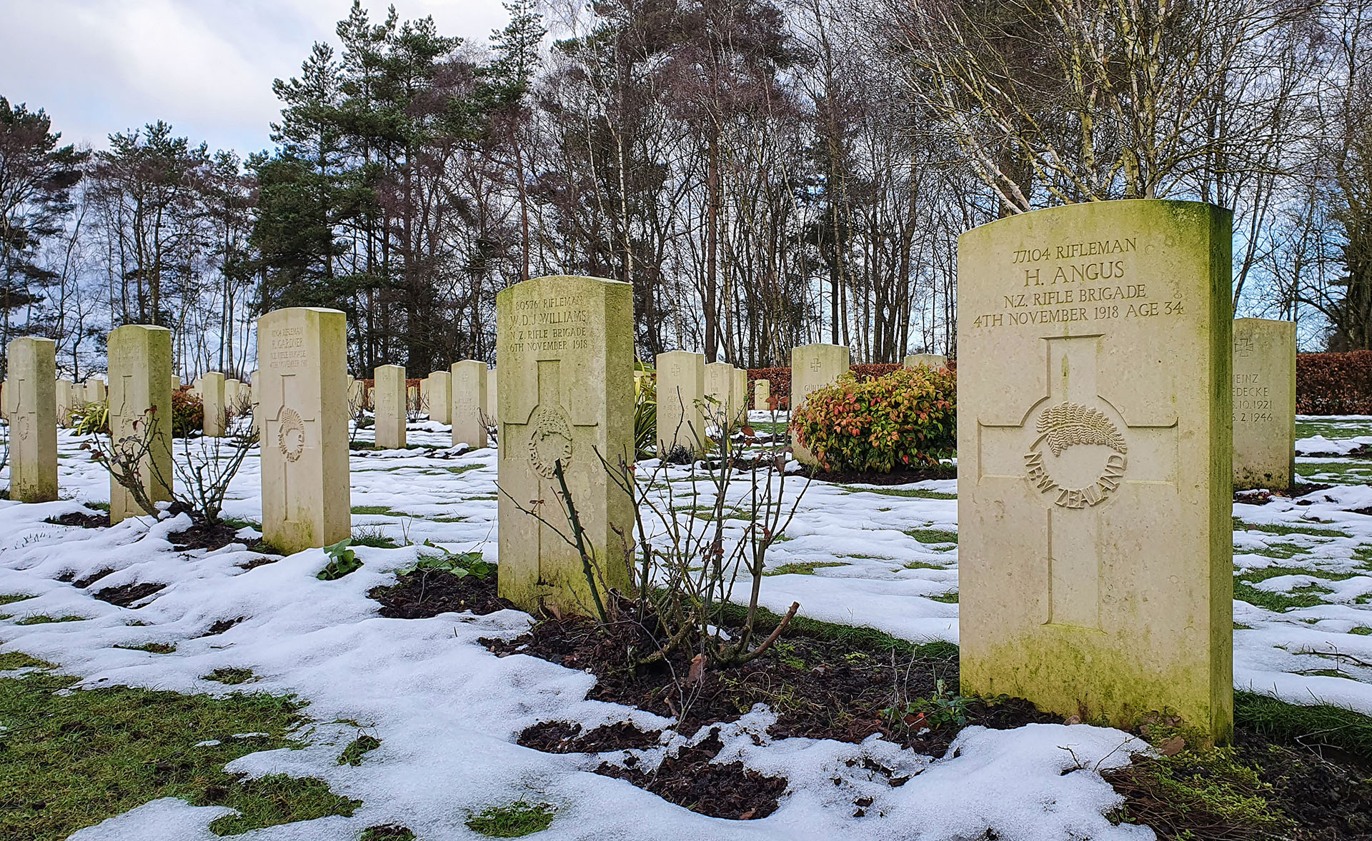 Soldiers from the New Zealand Rifle Brigade are buried at the Commonwealth War Graves Commission cemetery near Broadhurst Green