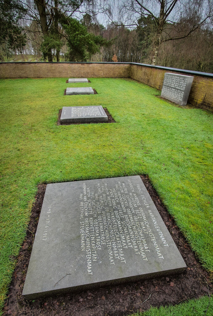 Communal graves for Zeppelin crews shot down over England in WW1